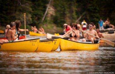 Activités de canot & kayak en groupe sur la Rivière-Rouge