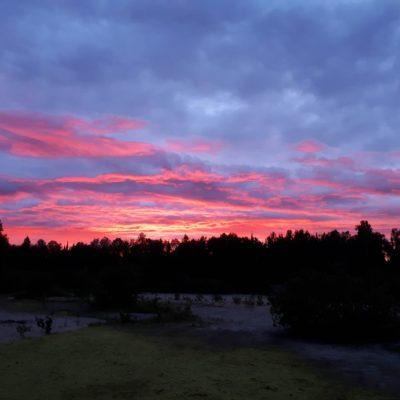 Couché du soleil sur la rivière Rouge